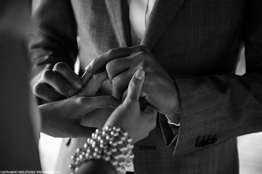victoria House wedding.  Belize wedding photographer, Leonardo Melendez.