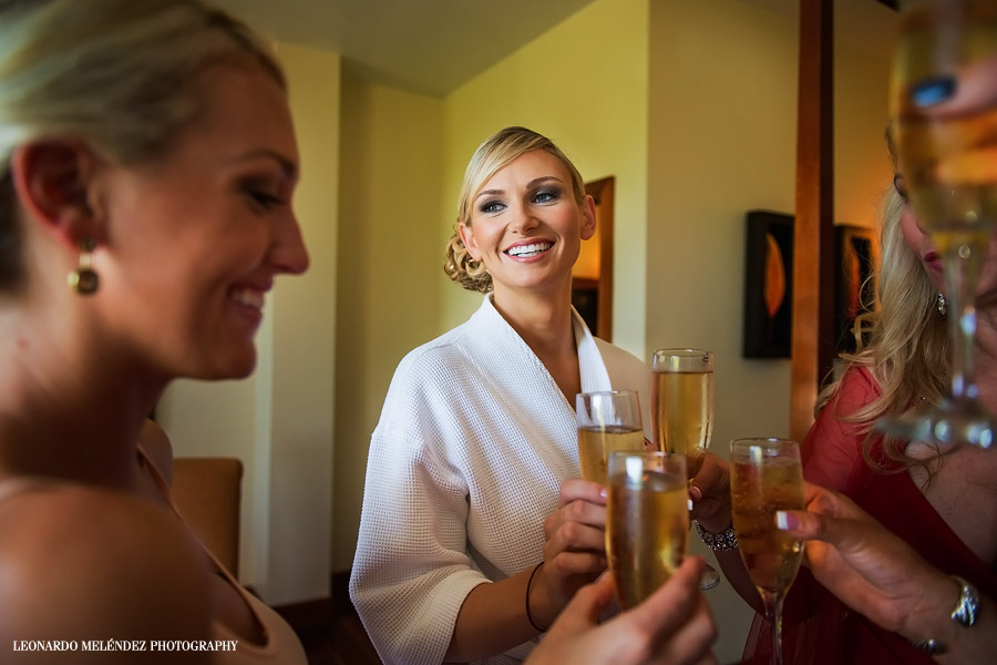 Toasts. San Ignacio Resort Hotel wedding. Belize wedding photography by Leonardo Melendez Photography.