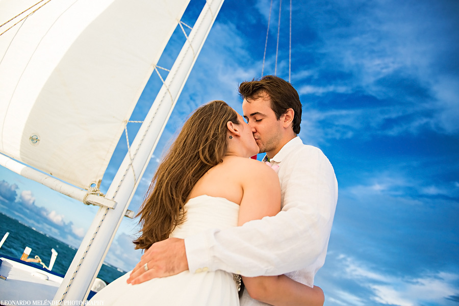 Sailboat wedding. Belize wedding photography.