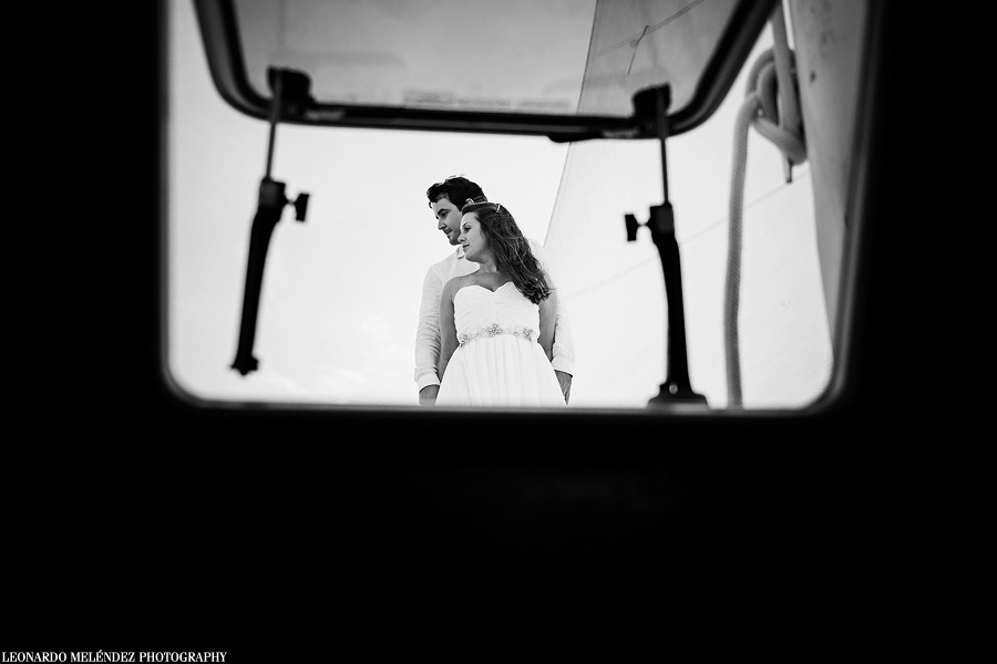 Belize sailboat wedding, Ambergris Caye. Belize wedding photography by Leonardo Melendez Photography.