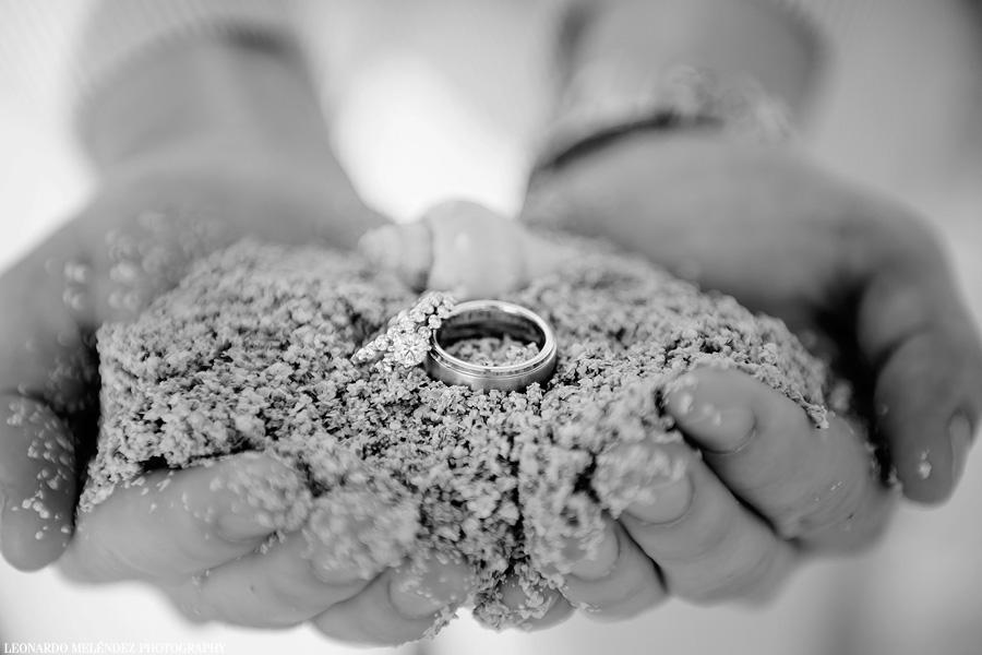Wedding Rings. Belize beach wedding. Belize wedding photography by Leonardo Melendez Photography.