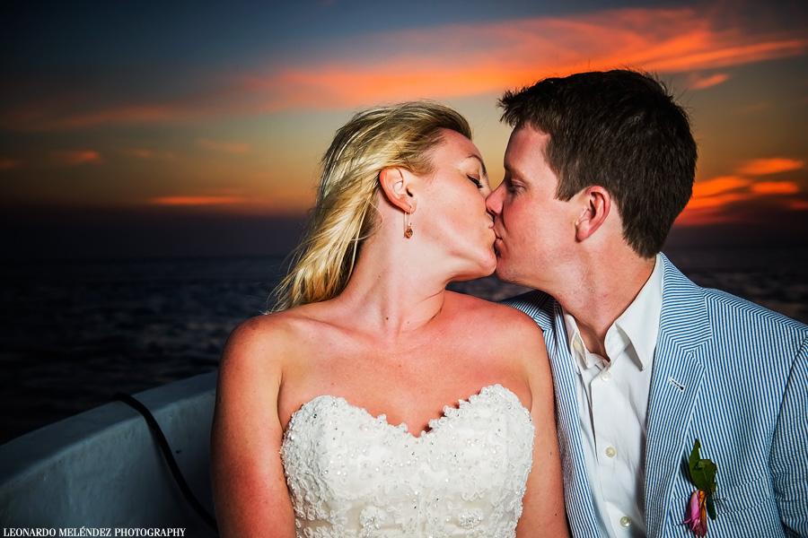 Belize wedding, Ambergris Caye. Leonardo Melendez Photography.
