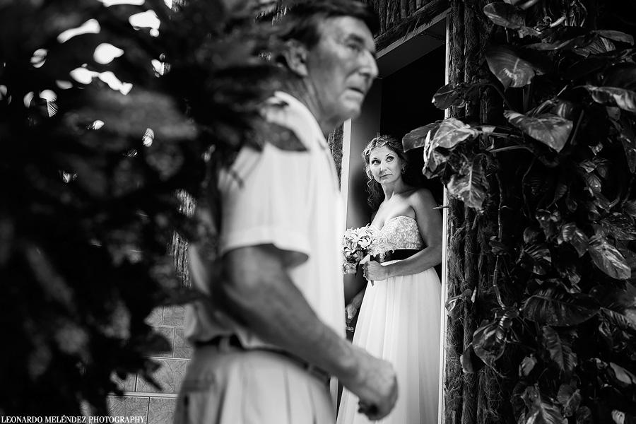 Captain Morgan's Belize wedding.  Belize wedding photography by Leonardo Melendez Photography.