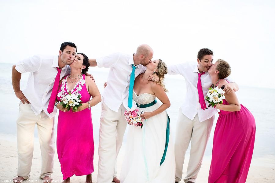 Belize wedding photography.  Captain Morgan's Belize wedding.  Leonardo Melendez Photography.