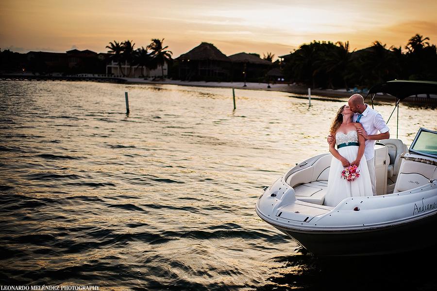 Belize wedding photography.  Captain Morgan's Resort.  Leonardo Melendez Photography.
