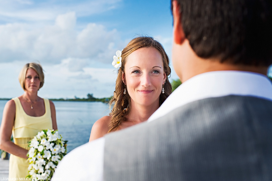 Belize wedding, Iguana Reef Inn, Caye Caulker.  Belize wedding photographer, Leonardo Melendez.