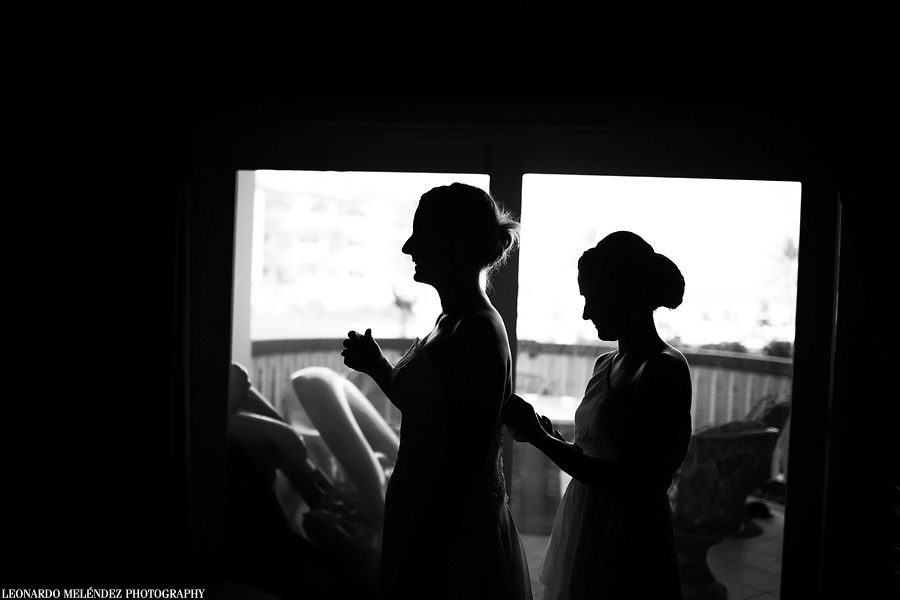 Belize wedding photography.  Grand Caribe Belize.  Leonardo Melendez Photography.
