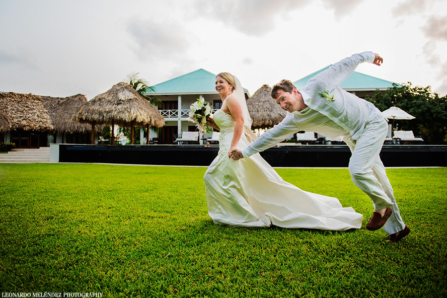 Victoria House wedding. Belize wedding photography by Leonardo Melendez Photography.