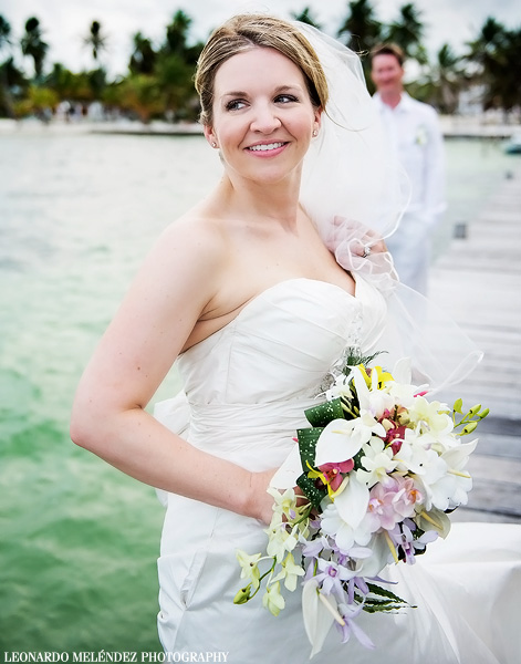 Victoria House beach wedding. Belize wedding photography by Leonardo Melendez Photography.