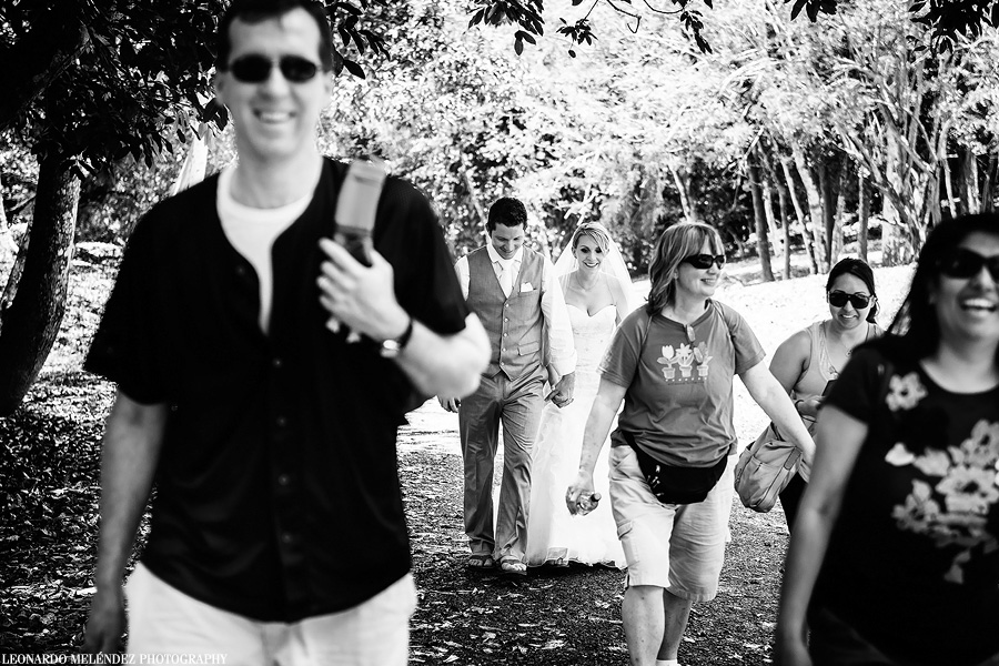 Belize Mayan Ruins wedding, Xunantunich. Belize wedding photographer, Leonardo Melendez Photography.