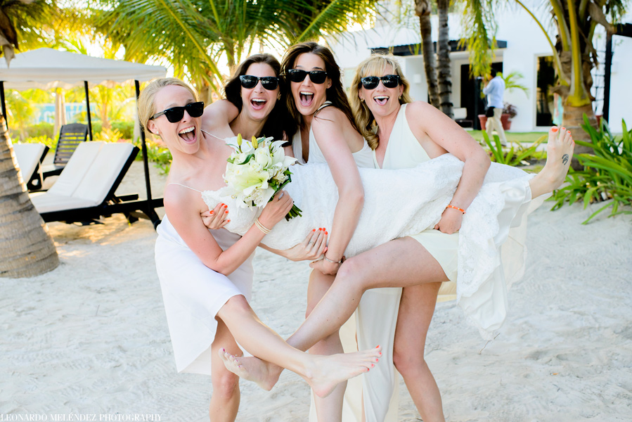 Bridal Party Fun,Belize beach wedding at Las Terrazas Resort, Ambergris Caye.