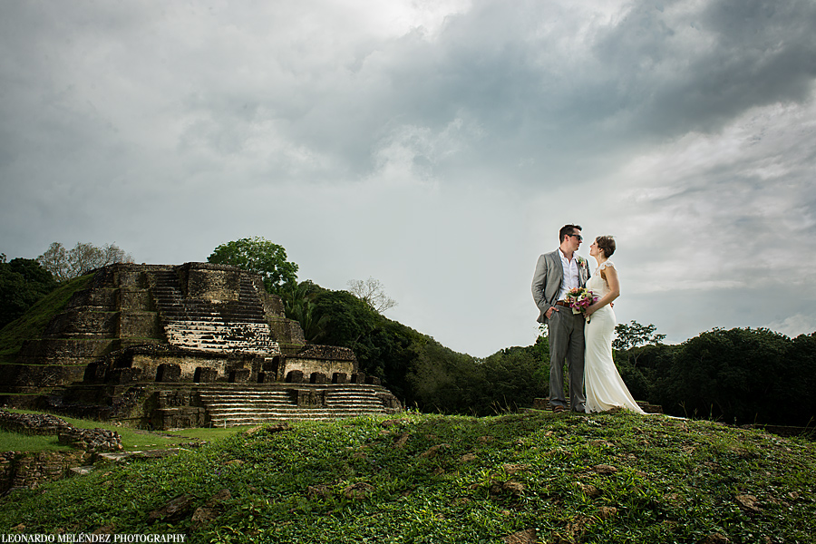 Altun Ha Mayan Ruins wedding photography - Day After Session | Belize wedding photographer - Leonardo Melendez