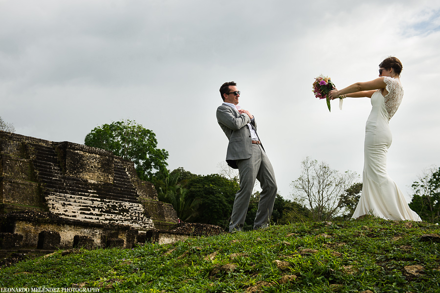 Belize Mayan Ruins wedding, Altun Ha Mayan Ruins.  Belize wedding photographer, Leonardo Melendez