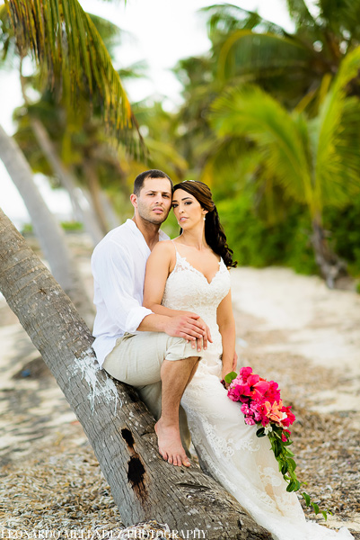 Belize beach wedding at Ak'bol Resort - Leonardo Melendez Photography