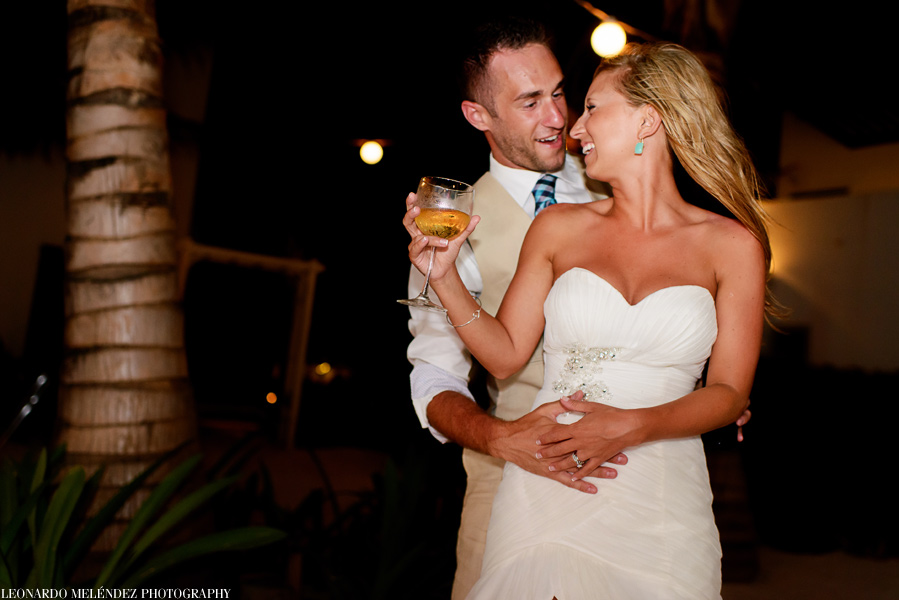 Las Terrazas Resort wedding. Belize wedding photographers, Leonardo Melendez Photography