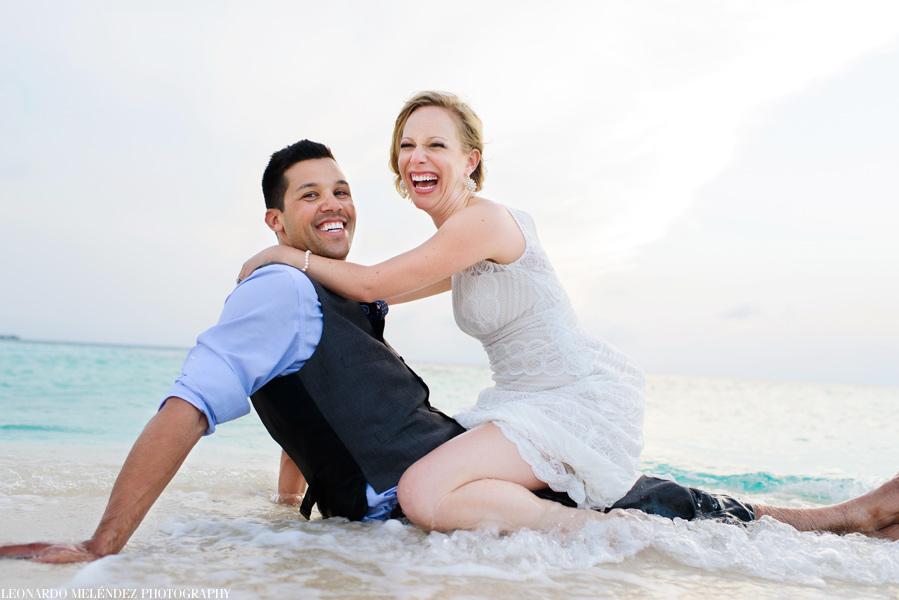 Goff's Caye Belize wedding   Belize wedding photographer - Leonardo Melendez