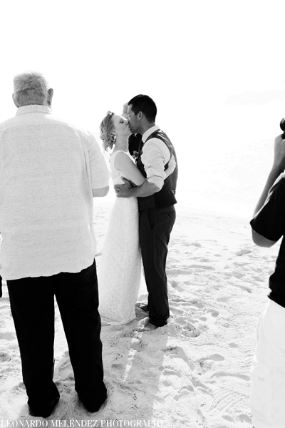 belize_wedding_photography_goffs_caye_40_86
