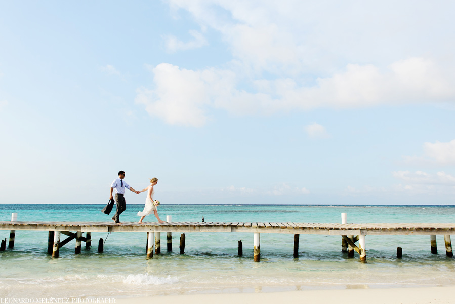 Goff's Caye Belize wedding | Belize wedding photographer - Leonardo Melendez