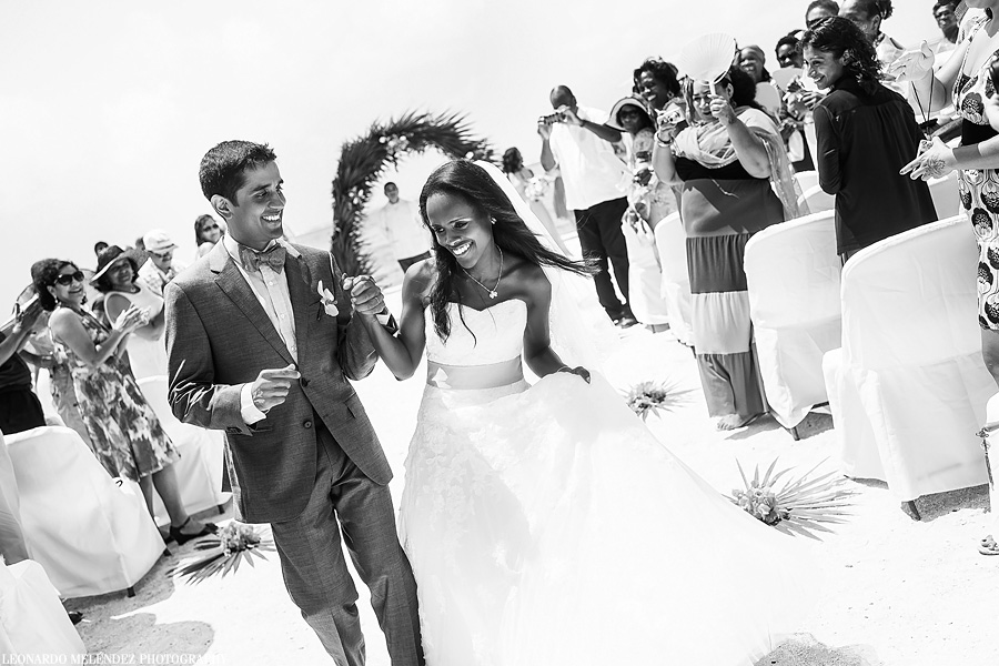 Belize wedding at Grand Caribe Resort. Leonardo Melendez Photography.