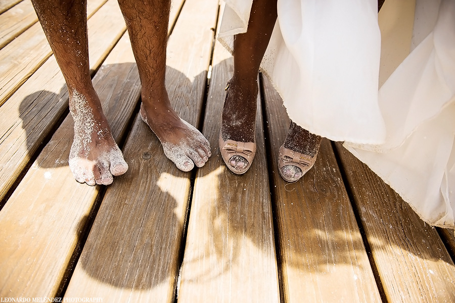 Belize beach wedding. Leonardo Melendez Photography.