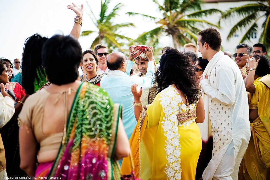 Belize Hindu wedding. Belize wedding photography by Leonardo Melendez Photography.
