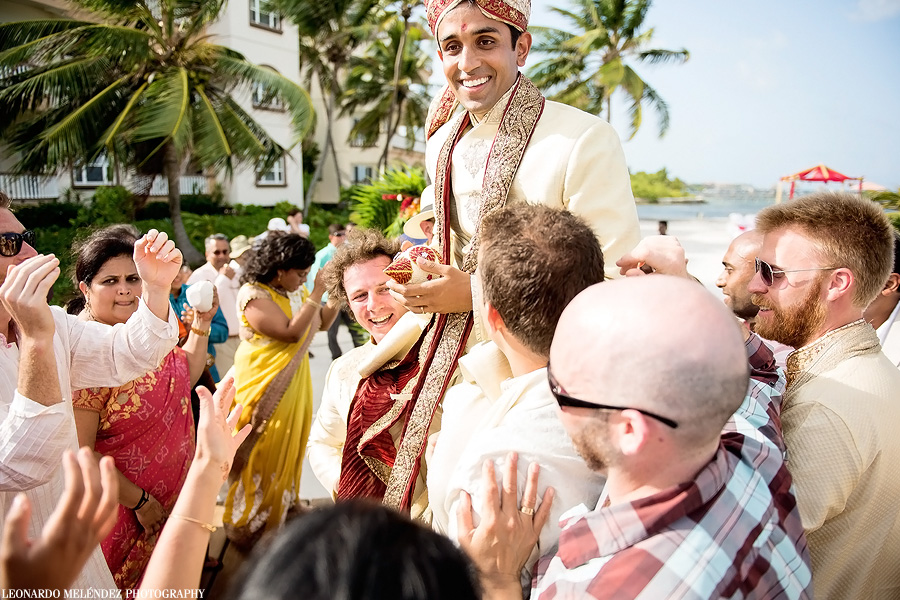 Belize Hindu wedding at Grand Caribe. Belize wedding photography by Leonardo Melendez Photography.