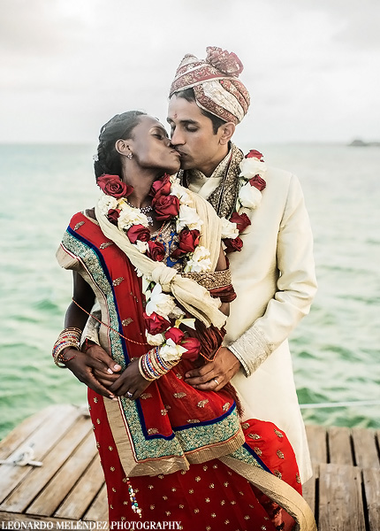Belize Hindu wedding photography by Leonardo Melendez Photography.