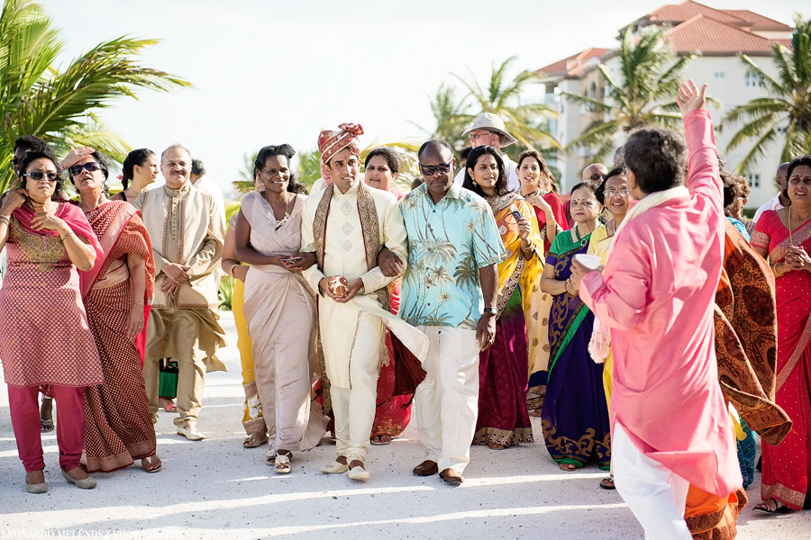 Hindu wedding at Grand Caribe Belize. Leonardo Melendez Photography.