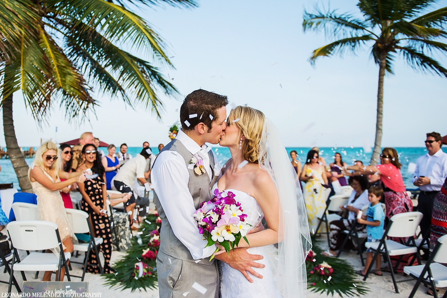 Grand Caribe Resort wedding. Belize wedding photography, Leonardo Melendez Photography.