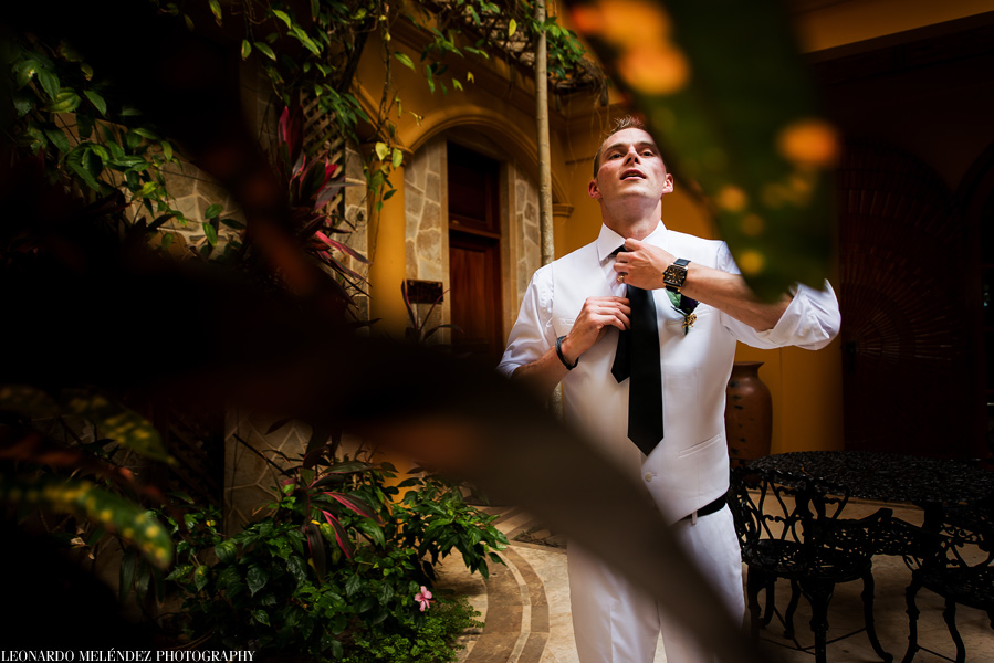 Belize wedding at Villa Verano.  Leonardo Melendez Photography.