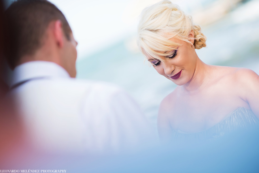 Belize beach wedding at Villa Verano in Hopkins.  Belize wedding photography by Leonardo Melendez Photography.