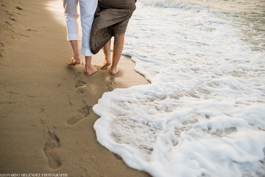 Belize beach wedding by Leonardo Melendez Photography.