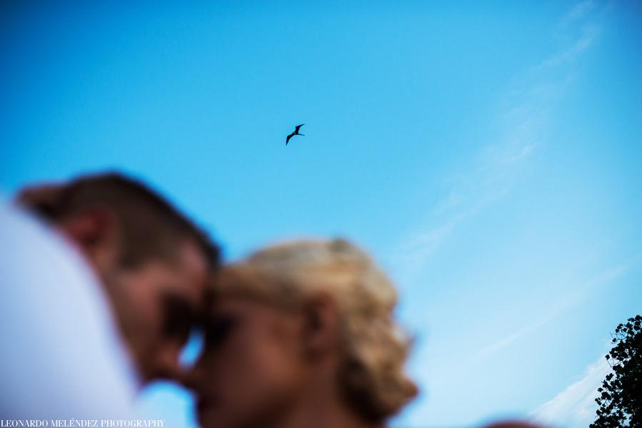 Wedding at Hopkins, Belize captured by Belize wedding photographer, Leonardo Melendez.
