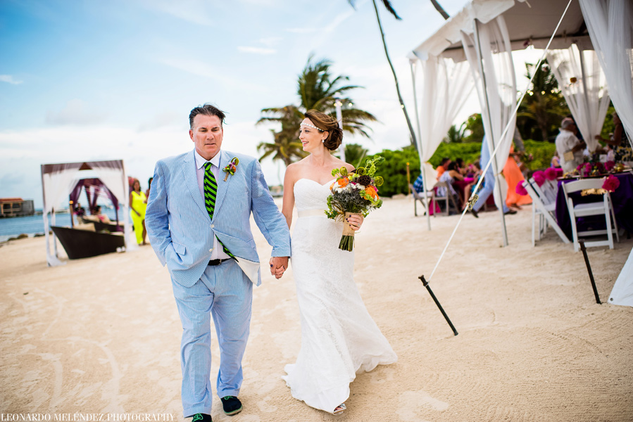 Belize wedding photography.  Coco Beach Resort, Ambergris Caye.  Leonardo Melendez Photography.