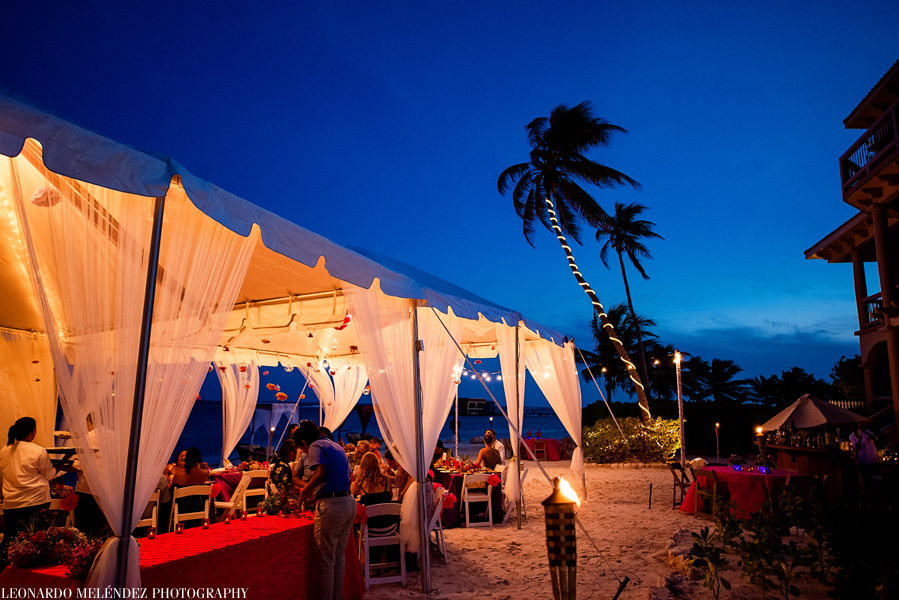 Belize wedding at Coco Beach Resort, Ambergris Caye.  Belize wedding photographers, Leonardo Melendez Photography.