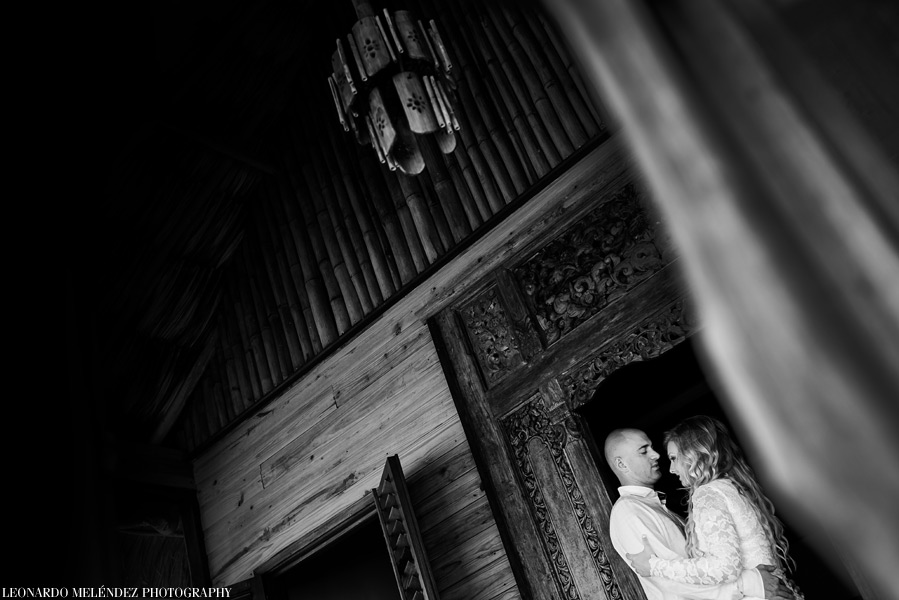 Romantic After Session at Turtle Inn, Placencia Belize Weddings. Belize wedding photographers, Leonardo Melendez Photography.