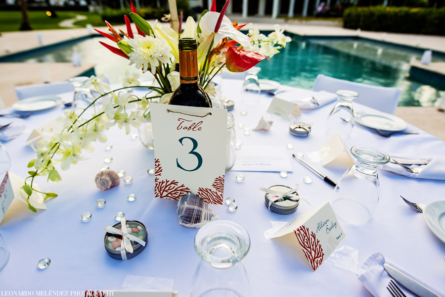 Table setup at Victoria House Belize wedding. Belize wedding photographers Leonardo Melendez Photography.
