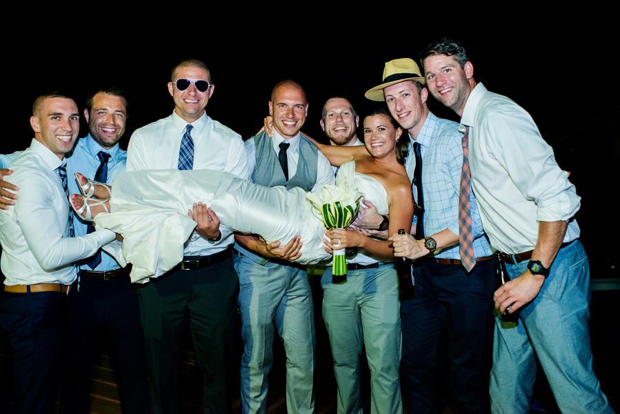 Belize Grand Caribe wedding. Photo by wedding photographer Leonardo Melendez.