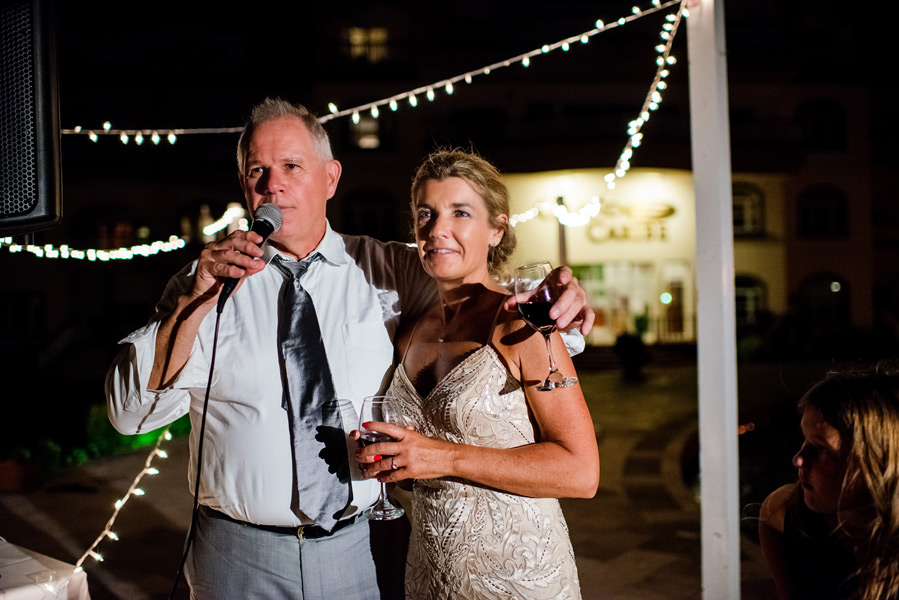 Grand Caribe Belize Wedding Reception. Wedding photographer Leonardo Melendez.