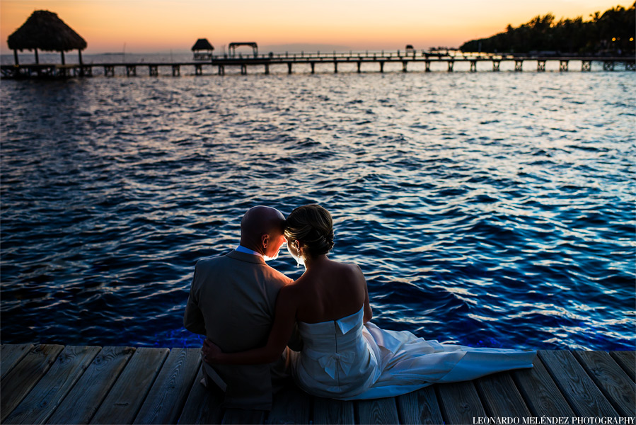 Belize wedding photographer Wataview beachouse