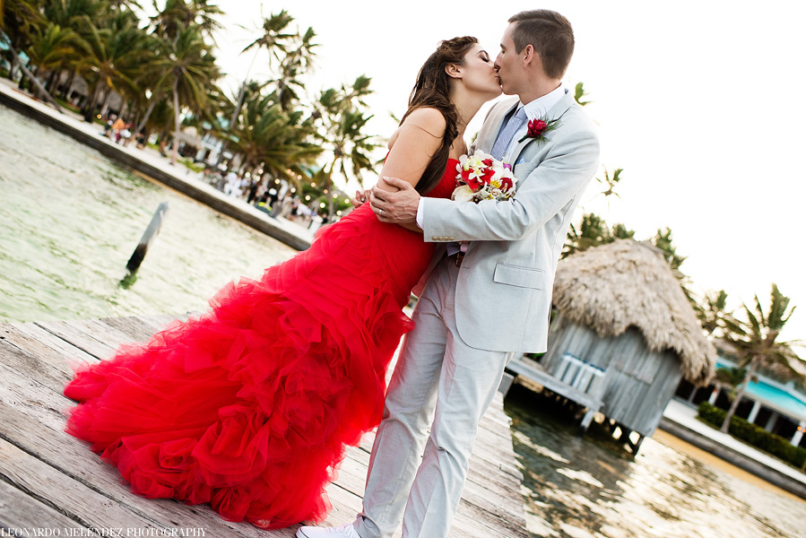 Victoria House Belize wedding. Belize wedding photographers, Leonardo Melendez Photography.