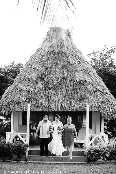 Victoria House Belize wedding photographs.  Photo by Leonardo Melendez.