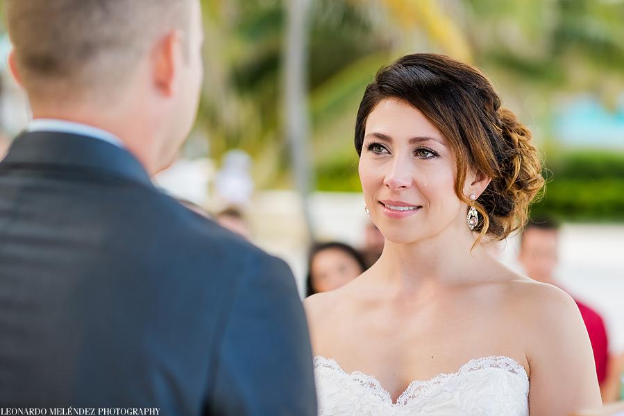 Victoria House Belize, beach wedding.  Photo by Leonardo Melendez Photography.