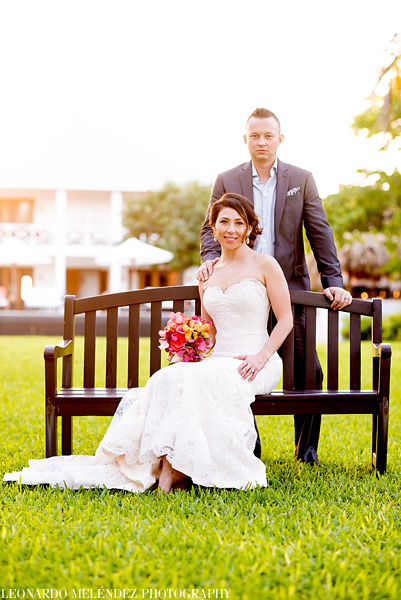 Belize wedding photographs, Victoria House.  Photo by Leonardo Melendez.