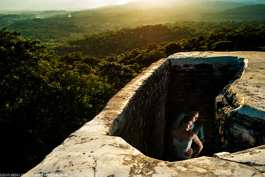 Xunantunich After wedding Belize - belize wedding photographs by Leonardo Melendez Photography