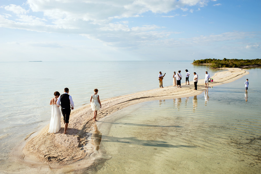 belize beach wedding at Sandbar