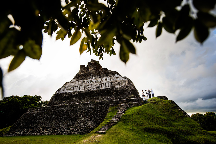 Xunantunich Mayan Ruins wedding in Belize.  Belize wedding photography by Leonardo Melendez.