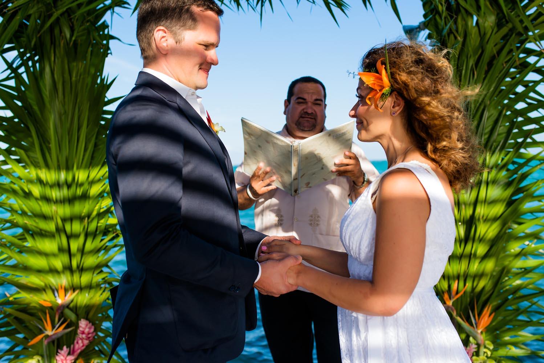 Belize_Wedding_Matachica_Resort_Ambergris_Caye_LynnetteThomas_0025