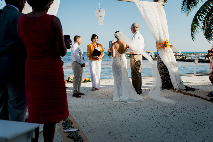 Caribe Island Belize wedding photographs by Leonardo Melendez Photography.