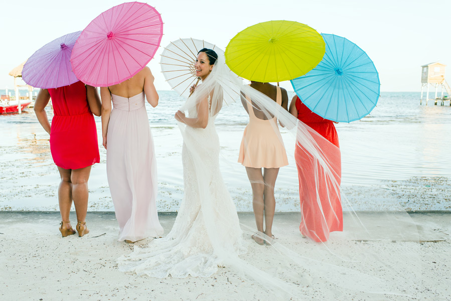 Belize beach wedding photographs by Leonardo Melendez Photography.